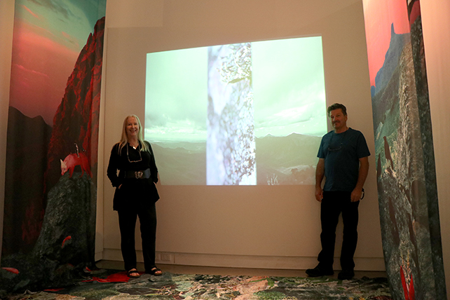 Australian Artist Anna Glynn and scientist Peter Dalmazzo